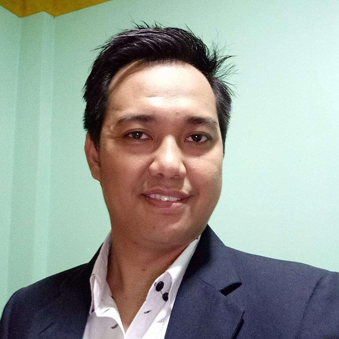 Jay Tolentino